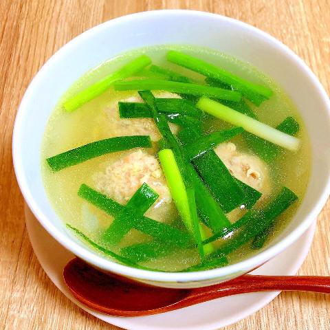 青ネギと鶏団子スープ