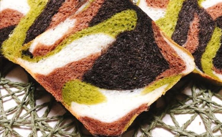 迷彩食パン&きのこグラタンパン