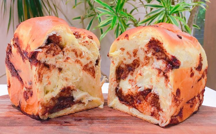 【GWにパン作り!】食パン型1斤まるまるチョコブレッド ♪デコポンとモッツァレラチーズサラダと。