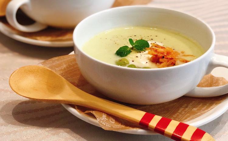 初夏のおしゃれ勝負メニュー★トリュフのバター香る、アサリと白アスパラの鍋ごはんに悶絶!