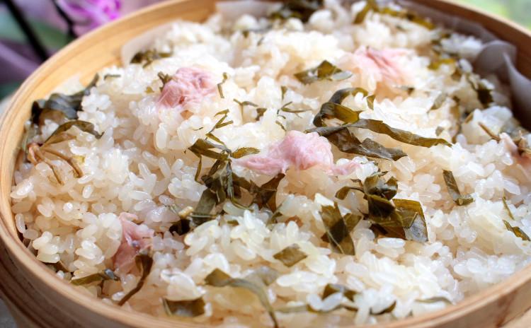 春のおもてなし春膳「桜おこわ」「秀麗豚のフキ味噌」「イサキのかぶら蒸し桜風味」葛100%「葛きり」全5品