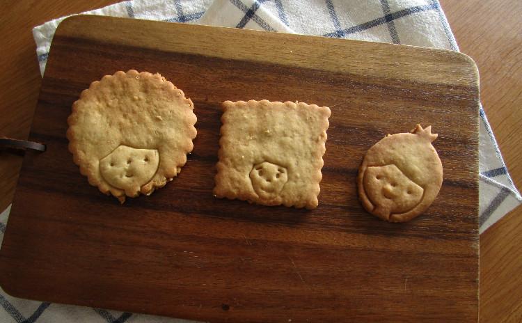 有機天然酵母使用のベーグル2種類(ゴマ、ブルーベリー)&メープルゴマクッキー