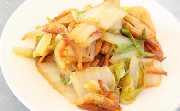 白菜と桜海老とちくわの蒸し焼き