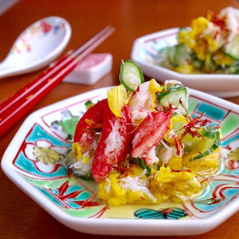 蟹と菊花の和え物