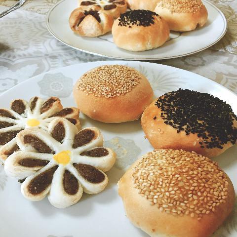 菊花パイと胡椒餅
