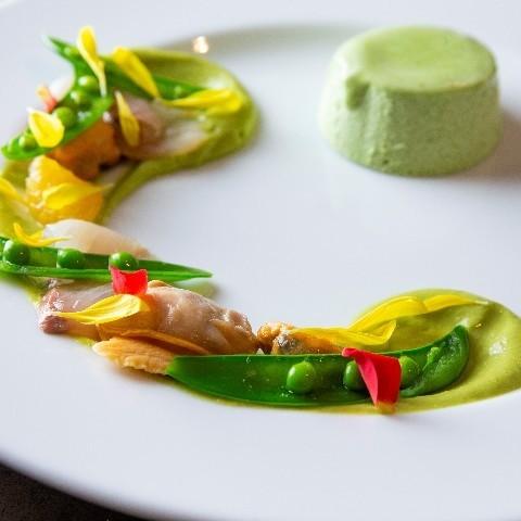 ブロッコリーのムース 春野菜のマリネ