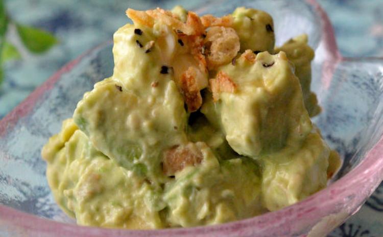 アボカドチーズの梅マヨわさび和え