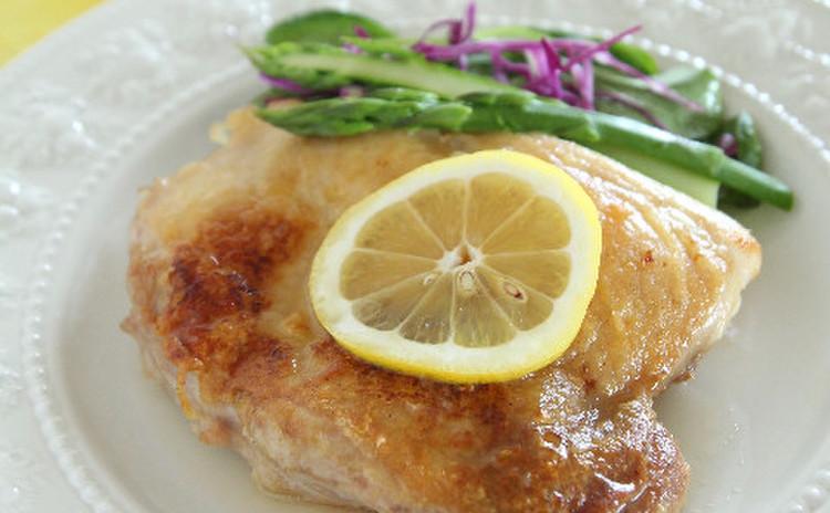 鶏モモ肉のポアレ  レモン塩だれソース