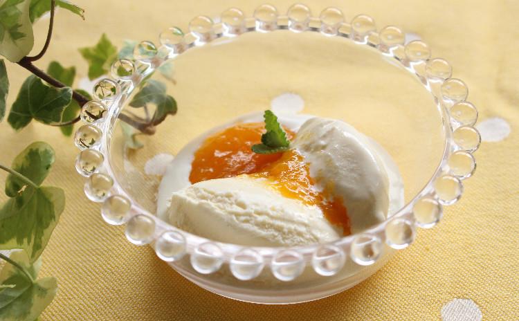 アンズのコンポートをピスタチオ風味のタルトに♪ & アンズのコンフィチュール(ジャム)と自家製アイスクリーム♡