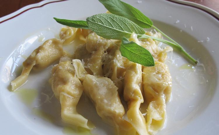 北イタリアロンバルディアの詰め物パスタ「カゾンチェッリ」