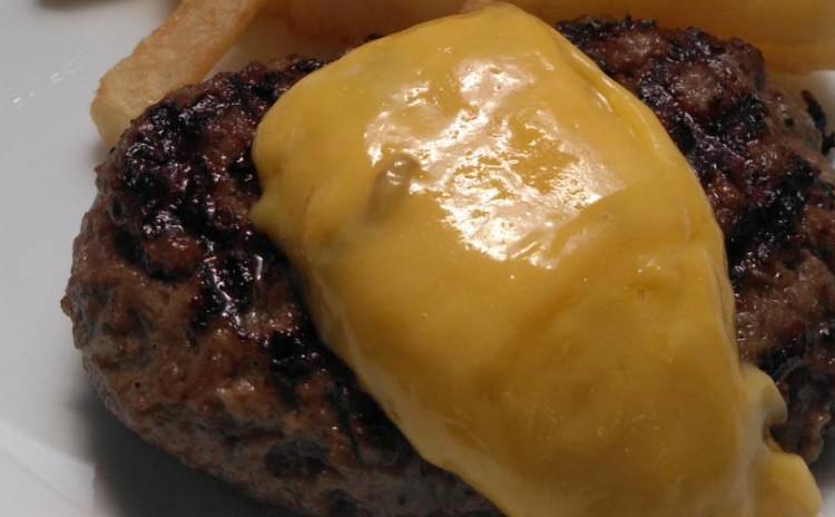 【プロ直伝】フランス風ハンバーグを贅沢に和牛で!デザートはレモンシャーベット