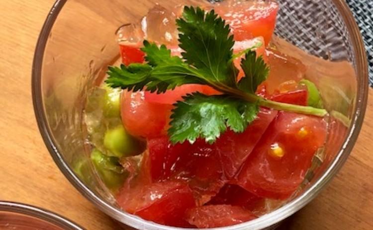 黒糖サータアンダギーに煮豚と焼きビーフン ♪トマトと枝豆のゼリー寄せサラダが美味しい南西諸島メニュー