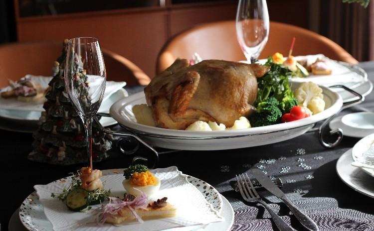 リクエストメニュー鶏の丸焼き・クリスマスではありませんが他パスタ・前菜