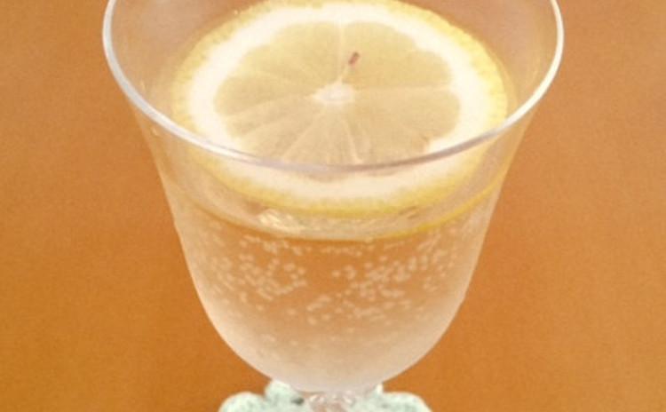 白ワインジンジャエール割