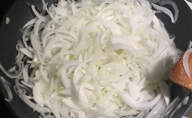 フレンチ的アプローチでスープカレー + 旬の魚と野菜のフリット(ベニエ)