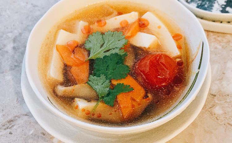 菜食酸辣湯