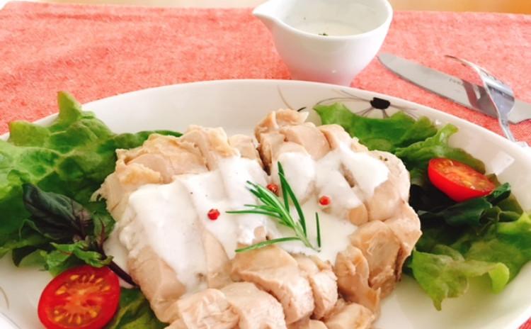 魚介のカレーマリネ・ハーブ蒸し鶏・トマトライス・季節野菜の素焼き・白ワインジンジャエール割