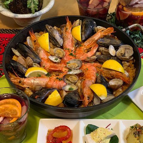 大人気のスペイン料理!パエリア!