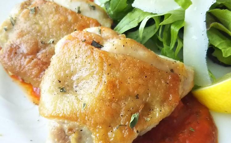 基本のトマトソース&パリっとジューシーな鶏のソテーをマスターしましょう!