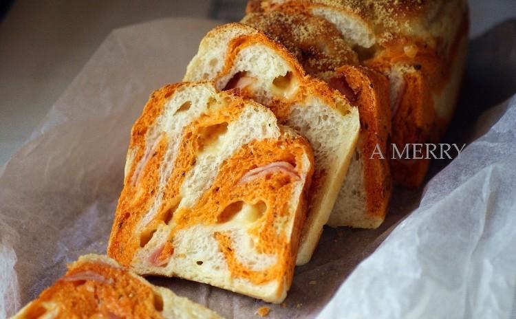 【ランチ付】彩り楽しい♪トマトとモッツァレラのパン・ド・ミ&林檎とクリームチーズのライブレッド