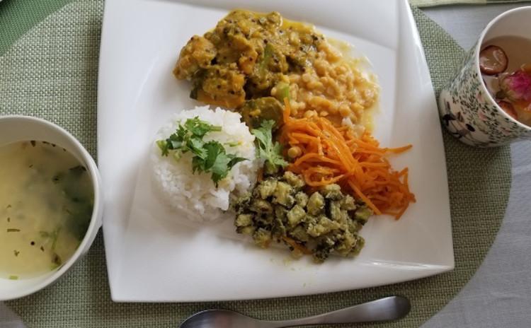 【アーユルヴェーダ式インド料理を学ぶ】じゃがいものカレー、かぼちゃのクートゥー、チャツネなど