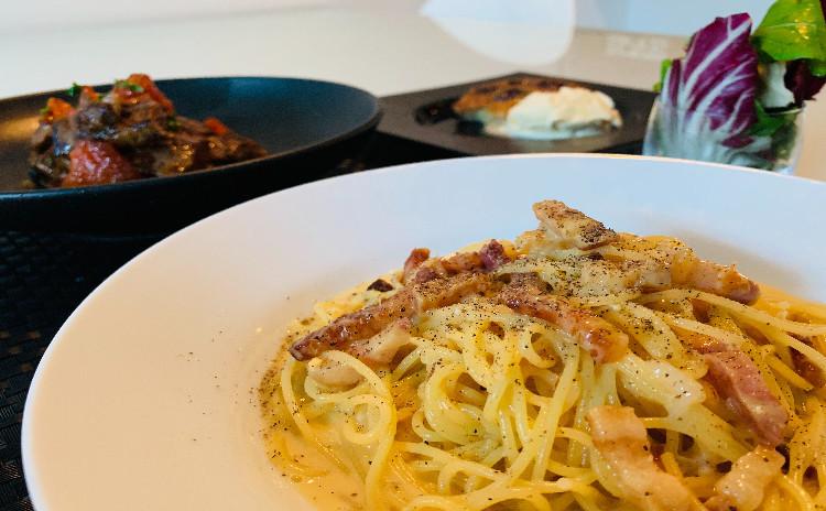 夢中にさせるカルボナーラ&夏トマト牛肉のさっぱりソテー&サクランボのクラフティ