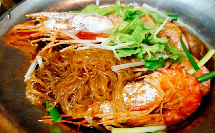 タイの人気シーフード料理!海老の春雨蒸し鍋&贅沢かにチャーハン
