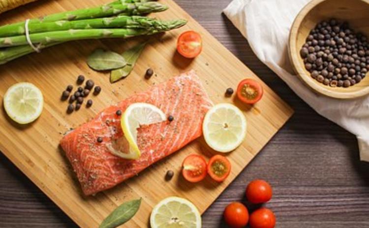 <サーモンを食べ尽くす>ムニエル❌燻製❌グラタン❌マリネ~お家でできる方法で、サーモンの料理を簡単に、美味しく、見栄えよく!