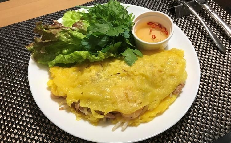 【世界のクレープ#1】バインセオ、豚肉の串焼き、ベトナムプリン他ベトナム料理で彩る夏の食卓