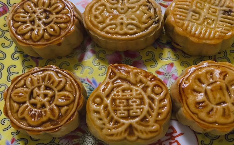 老麺入り★中秋前にマスター🌟お店みたいな月餅を作りましょう♫
