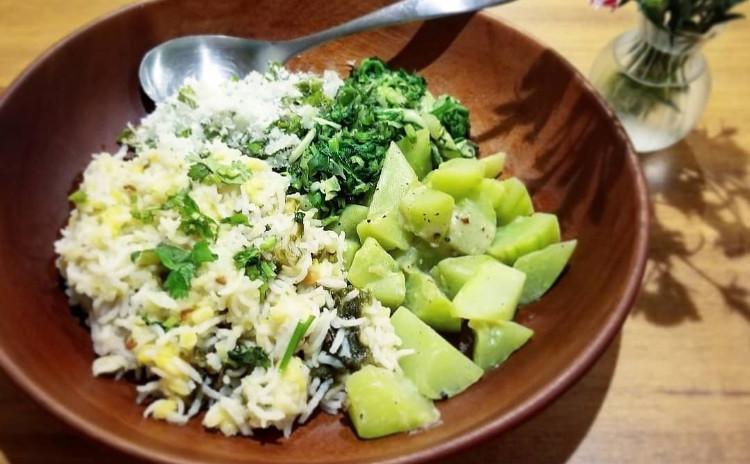 【創作ベジタリアン料理】小豆のフムス、アボカドとミントのホイップほか7品