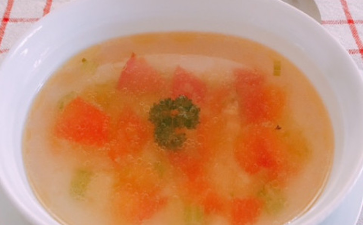 トマトとセロリのさっぱりスープ