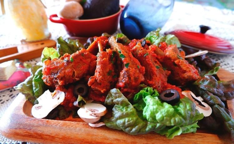 夏はお肉が食べたい!凝縮トマトとガーリックの絶品スペアリブ ひんやり冷製パスタやお鍋不使用冷たいデザート 全4品
