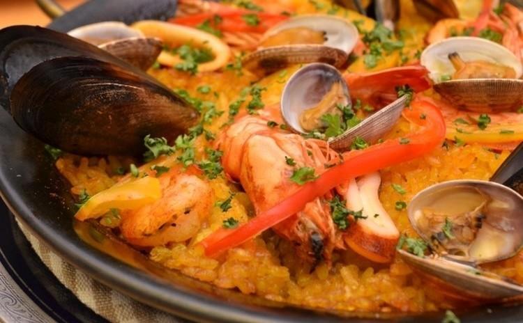 ◆パエリアレッスン 魚介とサフランライスで本格パエリアを作ります。