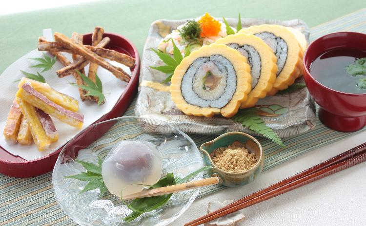 一石三鳥◎寿司献立!華やかな伊達巻き寿司と、手軽な混ぜ寿司。風流葛菓子で、厳しい残暑も美味しい笑顔に。