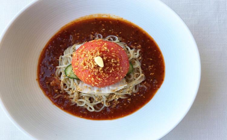 真夏の韓国料理〜ピビン冷麺