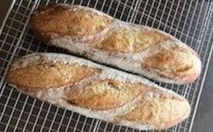家庭のオーブンで充分!休み休み、らくちん製法で、バゲットを焼いてみよう!
