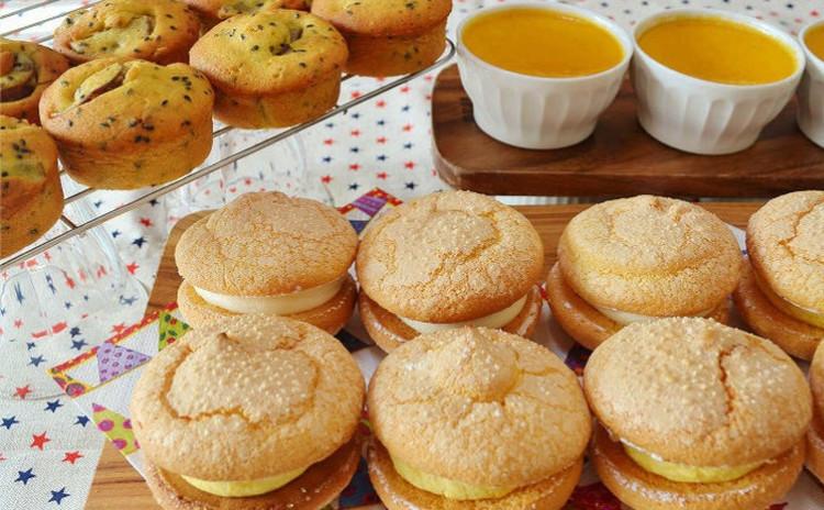 🎃ハロウィンに作ろう!かぼちゃと生クリームのブッセとクリームチーズクリームのブッセ、さつまいものパインドケーキとかぼちゃプリン