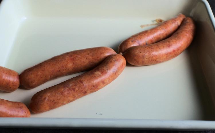 【600kcalごはん】腸詰で作るぷりぷりソーセージ(意外と材料は買いやすいし簡単!)とひよこ豆と紫芋のあっさり濃厚お野菜ポタージュ 他