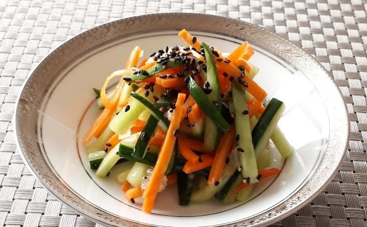 【ハロウィンのお楽しみ♪】南瓜のモンブランぷりん・南瓜のケークサレ・人参とキュウリのさっぱりサラダ