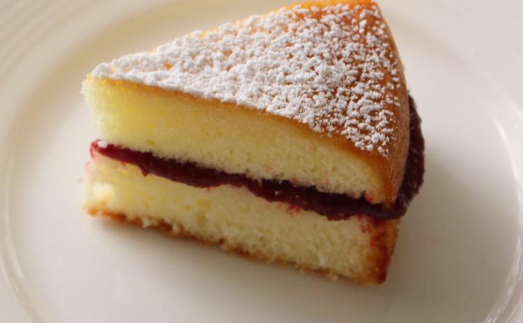 アフタヌーンティー・レッスン♪美味しい紅茶の淹れ方&ビクトリアケーキとスコーン