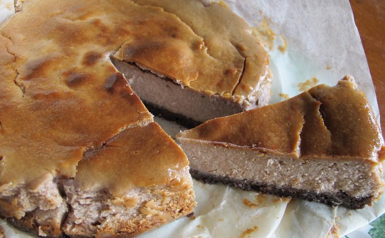 大麦のミネストローネ、揚げピザ、栗のチーズケーキ