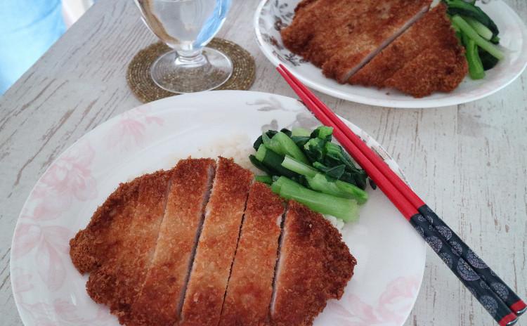 パイナップル月餅(パイナップルケーキ)・胡麻たっぷり胡麻月餅作り☆上海パイコーハンの食事付き!
