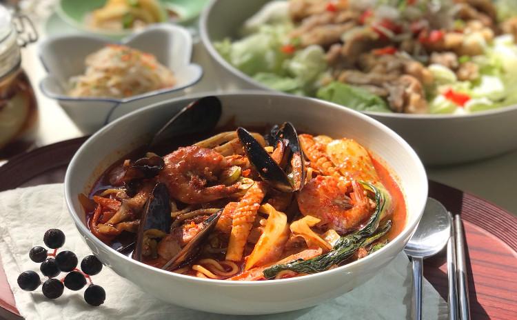 韓国中華第2弾 海鮮チャンポン、ユリンギ、玉ねぎジャンアチ、もやしナムル、ファジョンなど