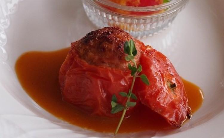 【メイン】温製トマトのファルシィ肉詰め仕立て