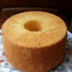 ふんわり、しっとり、基本のバニラシフォンケーキをマスターしよう!