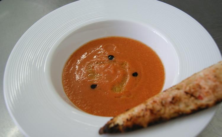 おうちでもプロの味を!基本のトマトソースをマスターしよう!