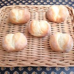手ごねパンの基本を学ぶ!2種類のパンとジャガイモのポタージュ