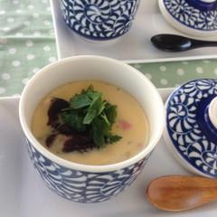 子連れ限定!手作りいくらとマグロ漬けの海鮮チラシ&茶碗蒸し