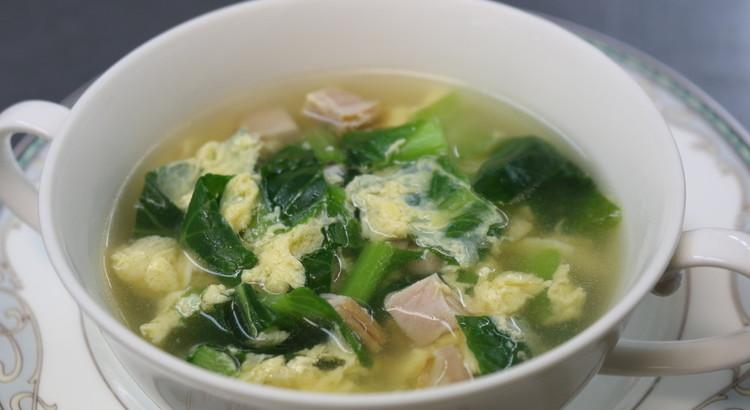 """ふわふわ卵とチーズ風味のスープ""""ストラッチャテッラ"""""""